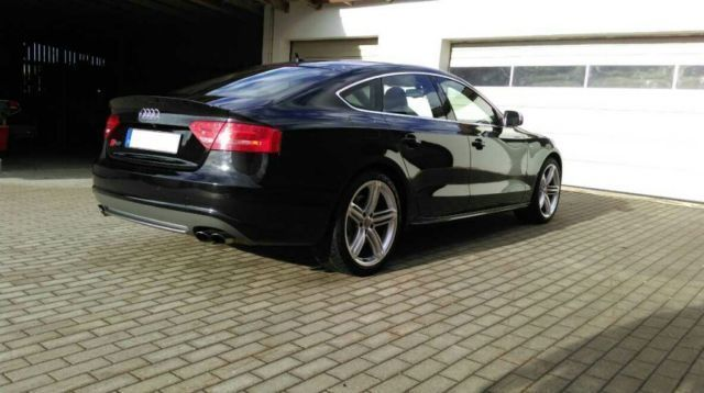 verkauft audi s5 sportback s tronic gebraucht 2010 km in regensburg. Black Bedroom Furniture Sets. Home Design Ideas