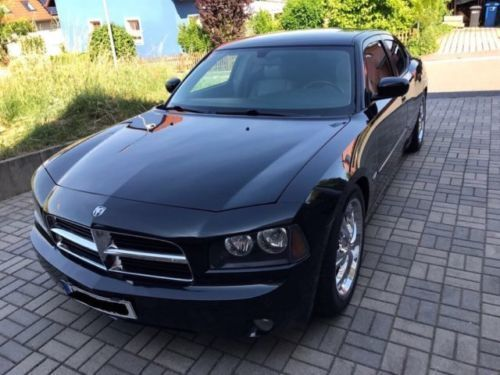 verkauft dodge charger r t hemi v8 gebraucht 2006. Black Bedroom Furniture Sets. Home Design Ideas