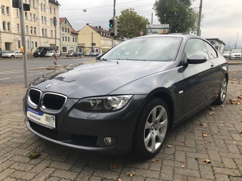 verkauft bmw 320 baureihe 3 coupe d le gebraucht 2007 km in kassel. Black Bedroom Furniture Sets. Home Design Ideas