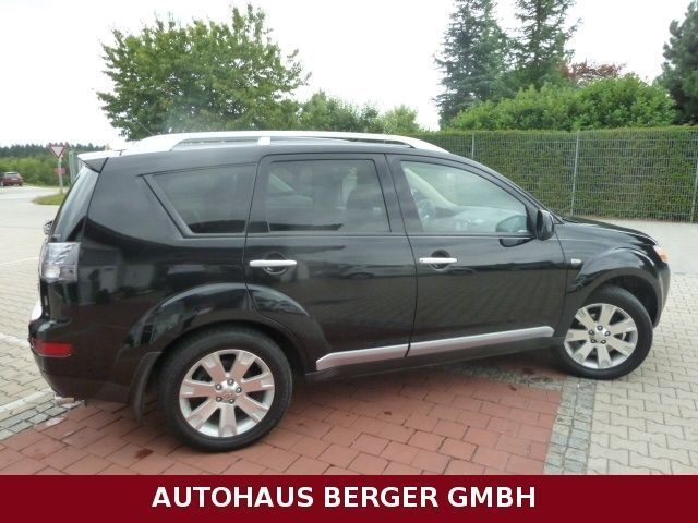 verkauft mitsubishi outlander 2 2 di d gebraucht 2008 km in hofkirchen. Black Bedroom Furniture Sets. Home Design Ideas