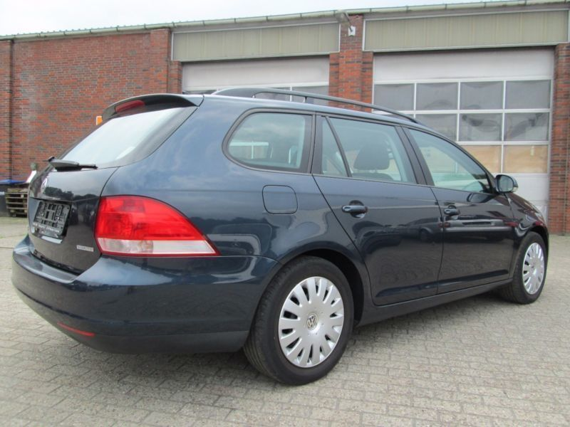 verkauft vw golf v variant trendline gebraucht 2009 km in meppen. Black Bedroom Furniture Sets. Home Design Ideas