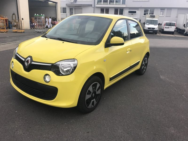 verkauft renault twingo sce 70 dynamiq gebraucht 2015 km in kelkheim. Black Bedroom Furniture Sets. Home Design Ideas
