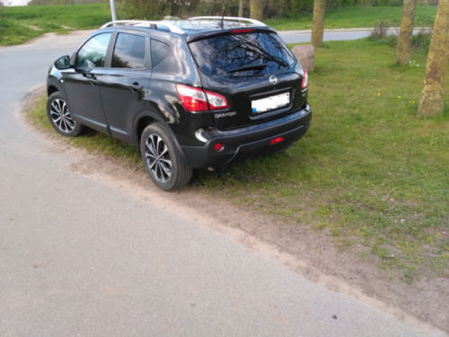 verkauft nissan qashqai tekna 1 6ci 13 gebraucht 2012 km in neuwittenbek. Black Bedroom Furniture Sets. Home Design Ideas