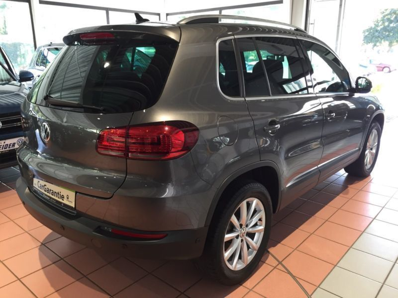 verkauft vw tiguan lounge 2 0tdi loung gebraucht 2015 km in bad urach. Black Bedroom Furniture Sets. Home Design Ideas