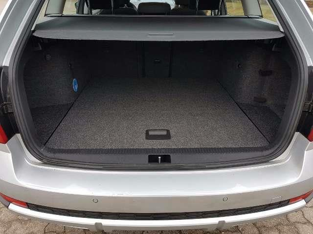 verkauft skoda octavia scout kombi 2 0 gebraucht 2014 km in grimmen. Black Bedroom Furniture Sets. Home Design Ideas