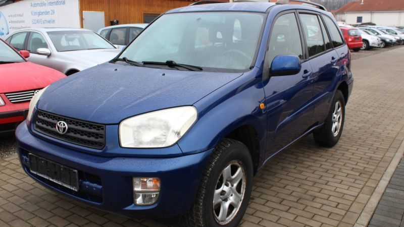 verkauft toyota rav4 4x2 gebraucht 2002 km in monheim am rhein. Black Bedroom Furniture Sets. Home Design Ideas