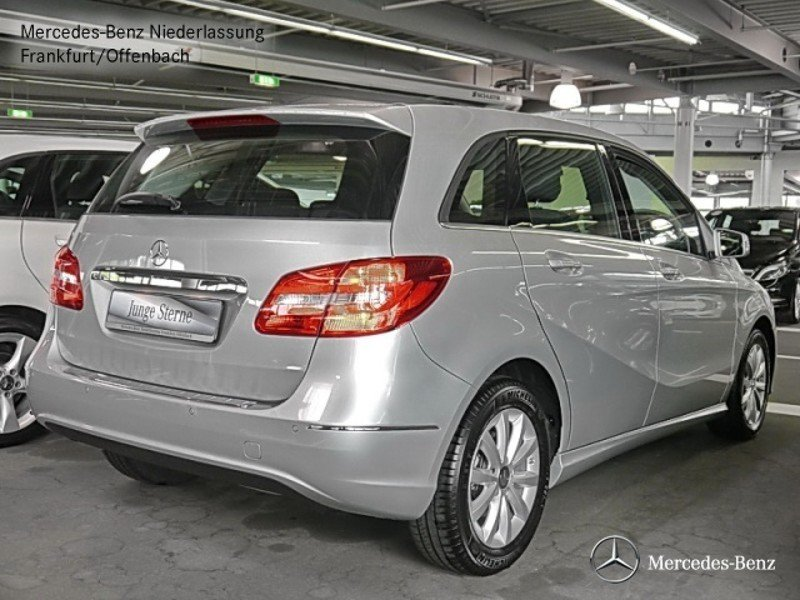 verkauft mercedes b180 navi sitz klim gebraucht 2014 km in frankfurt main. Black Bedroom Furniture Sets. Home Design Ideas
