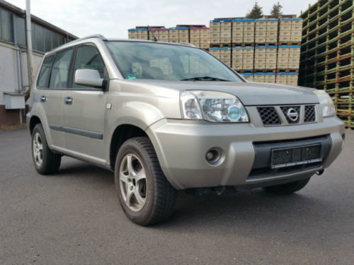 verkauft nissan x trail 2 0 4x4 comfor gebraucht 2005 km in winnweiler. Black Bedroom Furniture Sets. Home Design Ideas