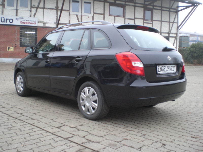 gebraucht 1 4 tdi pd dpf combi elegance skoda fabia 2010. Black Bedroom Furniture Sets. Home Design Ideas