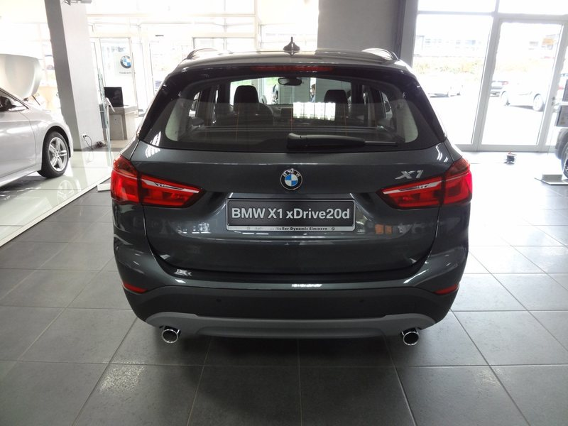 verkauft bmw x1 xdrive 20i advantage gebraucht 2016 6. Black Bedroom Furniture Sets. Home Design Ideas