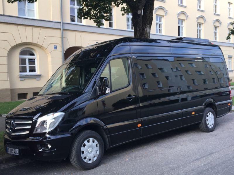 Mercedes Sprinter Bus 9 Sitzer