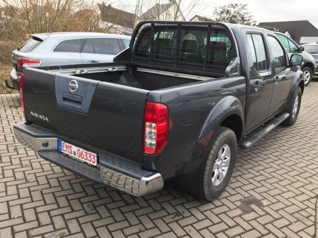 gebraucht double cab dpf se hartop autom leder sd nissan navara 2008 km in berlin. Black Bedroom Furniture Sets. Home Design Ideas