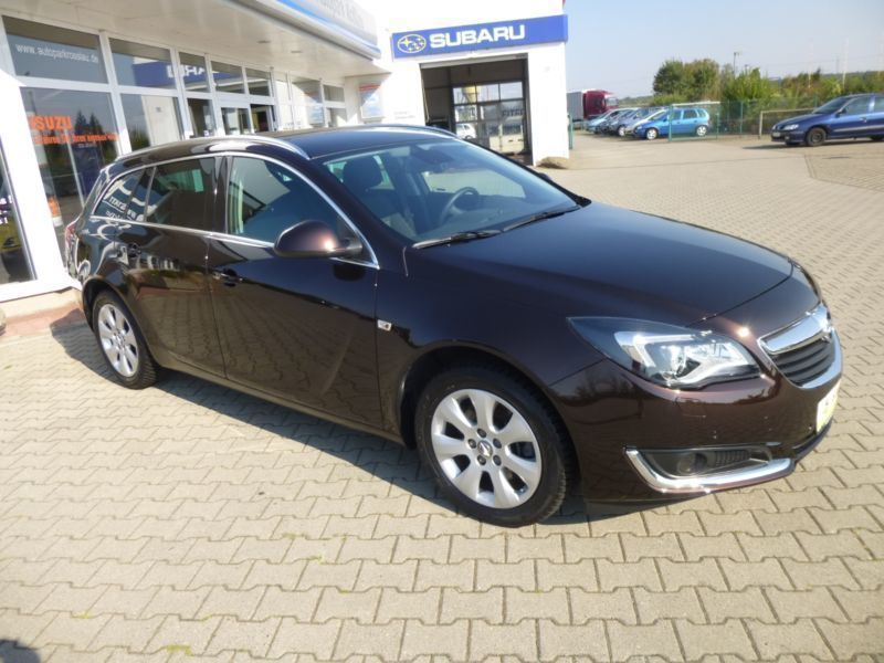 verkauft opel insignia sports tourer 2 gebraucht 2015 km in zirndorf. Black Bedroom Furniture Sets. Home Design Ideas