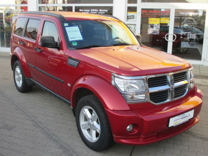 verkauft dodge nitro 2 8 crd dpf 4x4 s gebraucht 2007 km in woerth a d donau. Black Bedroom Furniture Sets. Home Design Ideas