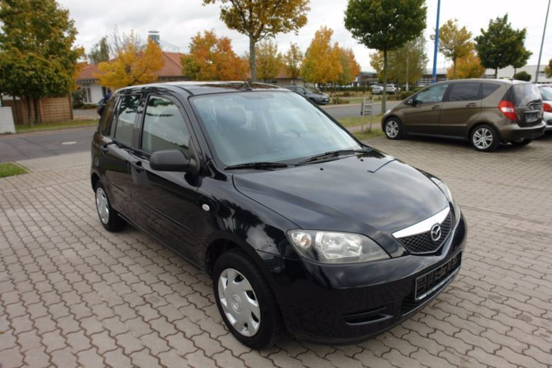 verkauft mazda 2 comfort gebraucht 2004 km in gotha. Black Bedroom Furniture Sets. Home Design Ideas