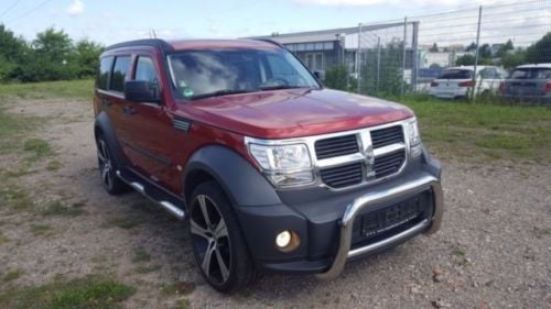 verkauft dodge nitro 2 8 crd dpf se gebraucht 2007 km in w rzburg. Black Bedroom Furniture Sets. Home Design Ideas