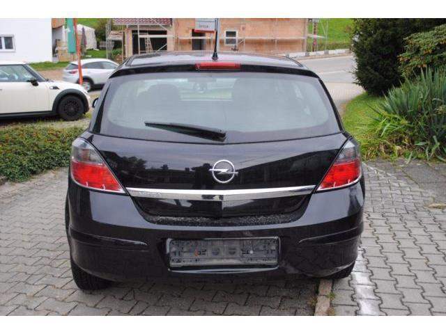 verkauft opel astra lim innovation 1 gebraucht 2009 km in haselbach. Black Bedroom Furniture Sets. Home Design Ideas