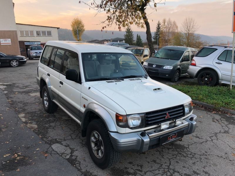 verkauft mitsubishi pajero v20 2 8 td gebraucht 1998 km in heidelberg. Black Bedroom Furniture Sets. Home Design Ideas