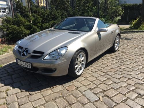 verkauft mercedes slk200 kompressor au gebraucht 2006. Black Bedroom Furniture Sets. Home Design Ideas