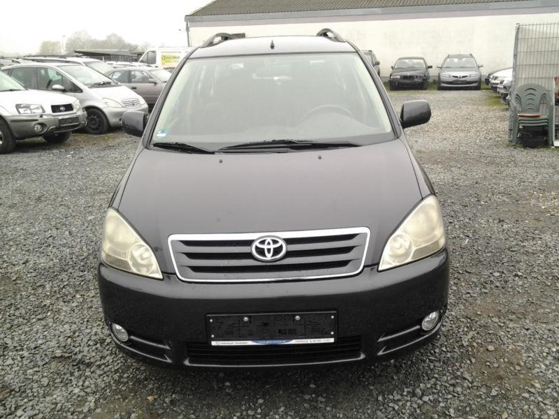 Verkauft Toyota Avensis Verso ***Autom., gebraucht 2001, 178.777 km in