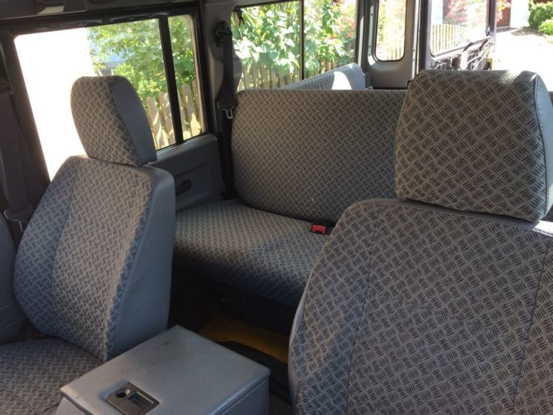 verkauft land rover defender 110 td5 gebraucht 1999 218. Black Bedroom Furniture Sets. Home Design Ideas