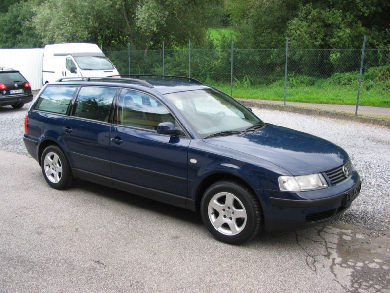 verkauft vw passat variant basis gebraucht 2000 km in burscheid. Black Bedroom Furniture Sets. Home Design Ideas
