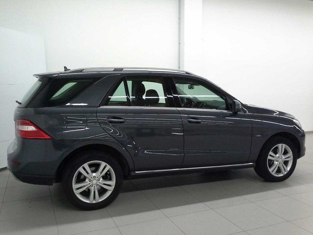 verkauft mercedes ml250 ml 250 bluetec gebraucht 2012. Black Bedroom Furniture Sets. Home Design Ideas