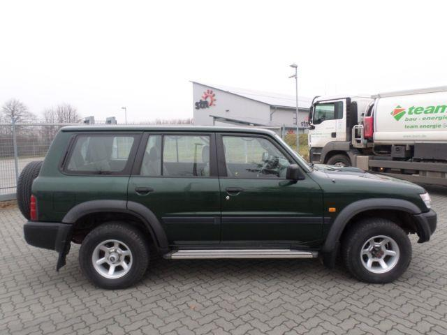 verkauft nissan patrol gr 2 8 turbod k gebraucht 1999 km in schleswig. Black Bedroom Furniture Sets. Home Design Ideas