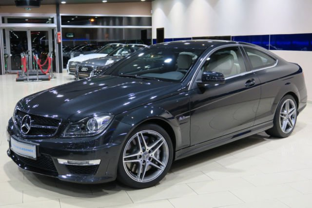 verkauft mercedes c63 amg amg coupe am gebraucht 2011 km in dormagen. Black Bedroom Furniture Sets. Home Design Ideas
