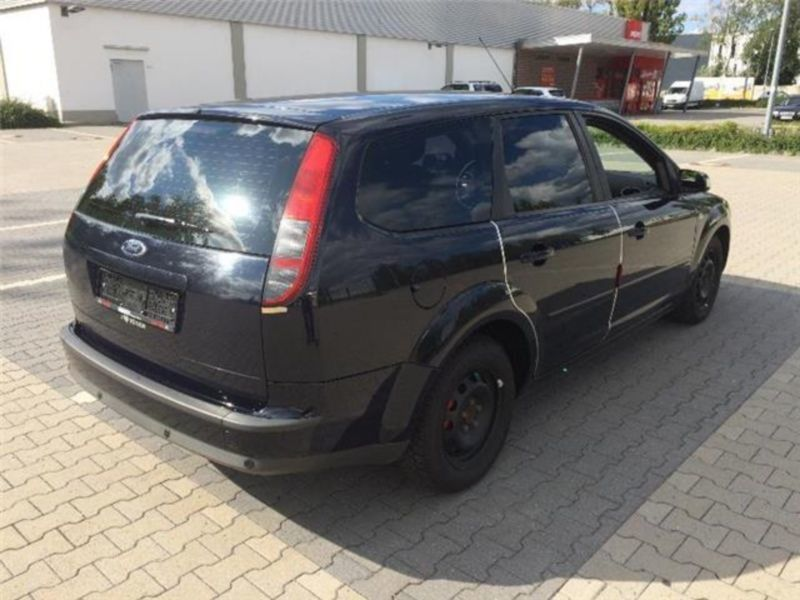 verkauft ford focus turnier 1 6 tdci d gebraucht 2007 km in berlin. Black Bedroom Furniture Sets. Home Design Ideas