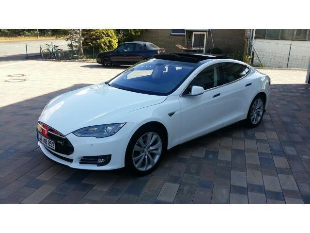 verkauft tesla model s 85 gebraucht 2014 km in. Black Bedroom Furniture Sets. Home Design Ideas