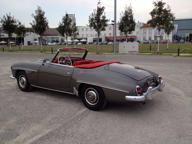 verkauft mercedes 190 sl gebraucht 1959 km in. Black Bedroom Furniture Sets. Home Design Ideas