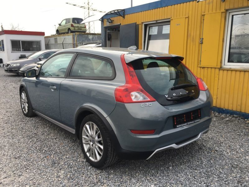 verkauft volvo c30 1 6 d drive momentu gebraucht 2011 km in aachen. Black Bedroom Furniture Sets. Home Design Ideas