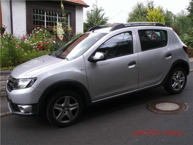 verkauft dacia sandero stepway tce 90 gebraucht 2013 km in edertal. Black Bedroom Furniture Sets. Home Design Ideas