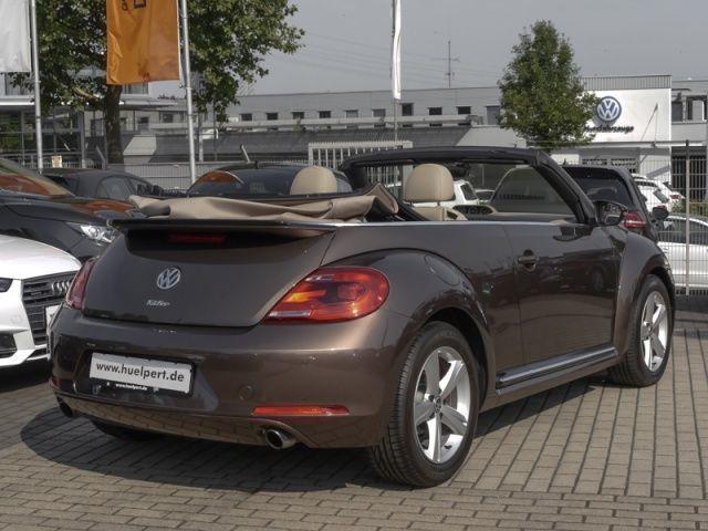 verkauft vw beetle cabrio 2 0 sport ds gebraucht 2015 8. Black Bedroom Furniture Sets. Home Design Ideas