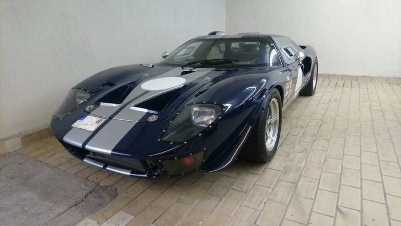2 geuchte Ford GT40 – Ford GT40 Geuchtwagen - AutoUncle on ford gt40 at le mans, ford gt40 mk3, ford gt40 red, ford focus, ford gt40 mark ii, ford gt40 concept, ford galaxie, ford mach 40, ford gtx1, ford gt90, ford pantera, ford cobra, ford gt40 mk1, ford daytona coupe, ford gt40 interior, ford gtr, ford gt40 top speed, ford mustang, ford thunderbird, ford raptor,