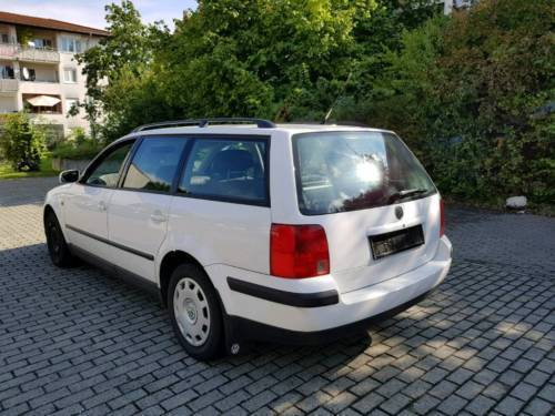 verkauft vw passat t v neu gebraucht 1998 km in weinheim. Black Bedroom Furniture Sets. Home Design Ideas
