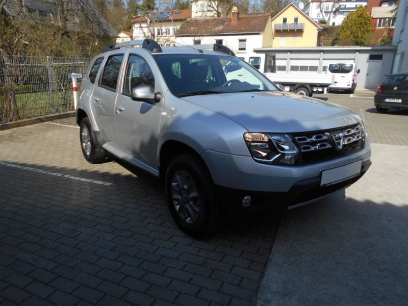 verkauft dacia duster 1 2 tce 125 pres gebraucht 2016 km in achern. Black Bedroom Furniture Sets. Home Design Ideas