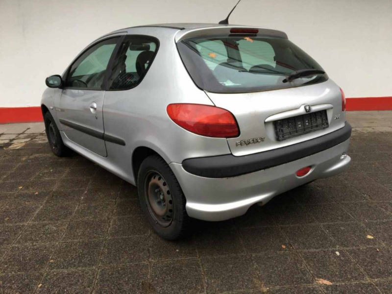 verkauft peugeot 206 quiksilver gebraucht 2002 km in karlsruhe. Black Bedroom Furniture Sets. Home Design Ideas
