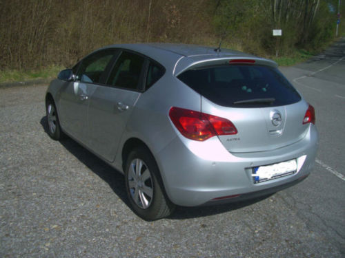 verkauft opel astra 1 6 automatik 150 gebraucht 2012 km in bochum ost. Black Bedroom Furniture Sets. Home Design Ideas