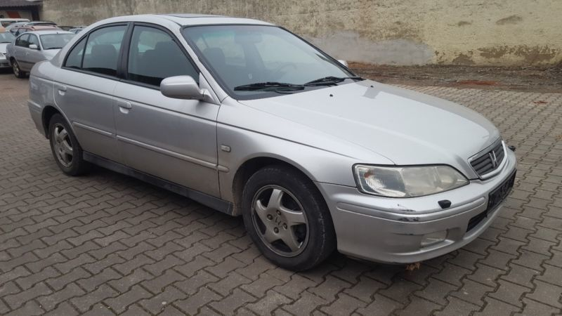 verkauft honda accord ls gebraucht 1999 km in bad pyrmont. Black Bedroom Furniture Sets. Home Design Ideas