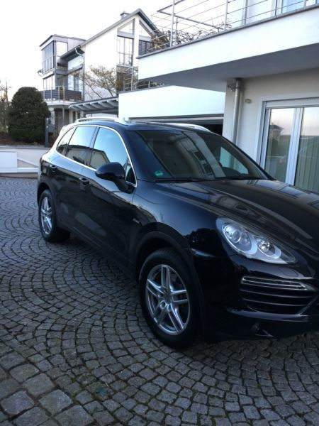 verkauft porsche cayenne diesel tiptro gebraucht 2012. Black Bedroom Furniture Sets. Home Design Ideas
