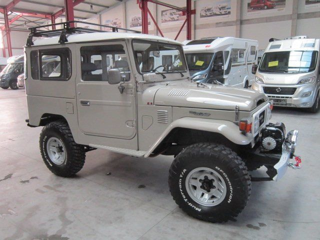 verkauft toyota land cruiser bj 42 gebraucht 1983 km in m nster. Black Bedroom Furniture Sets. Home Design Ideas