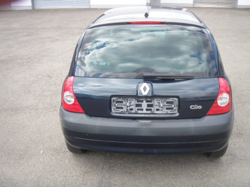 gebraucht 1 2 comfort authentique klimaanlage renault clio 2004 km in k ln. Black Bedroom Furniture Sets. Home Design Ideas