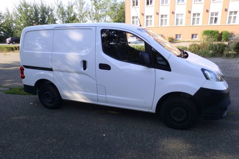 verkauft nissan nv200 1 5 comfort gebraucht 2012 km in rastatt. Black Bedroom Furniture Sets. Home Design Ideas