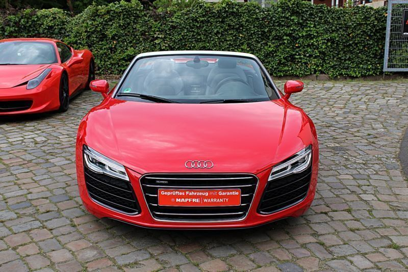 verkauft audi r8 spyder 5 2 fsi quattr gebraucht 2013 km in hamburg. Black Bedroom Furniture Sets. Home Design Ideas