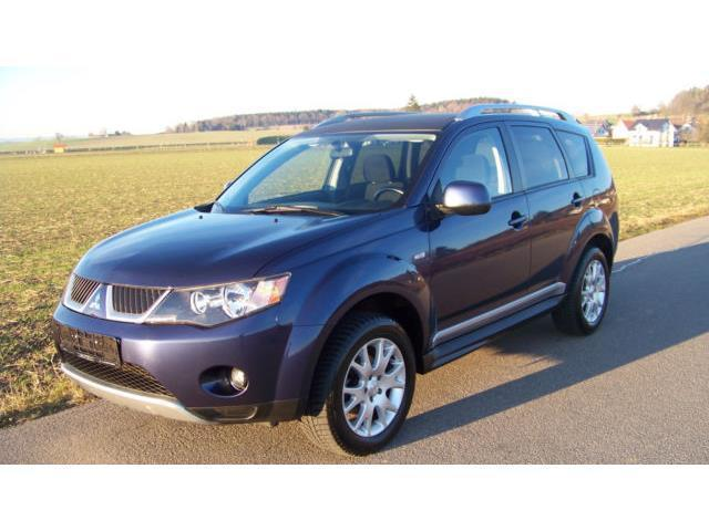 verkauft mitsubishi outlander 2 4 4wd gebraucht 2009 km in berlin. Black Bedroom Furniture Sets. Home Design Ideas