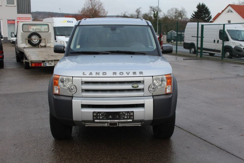verkauft land rover discovery 2 7 td v gebraucht 2006 km in berlin. Black Bedroom Furniture Sets. Home Design Ideas