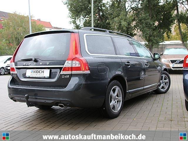 verkauft volvo v70 d4 momentum gebraucht 2015. Black Bedroom Furniture Sets. Home Design Ideas