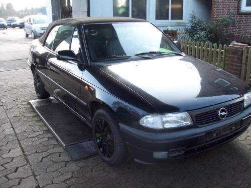 verkauft opel astra cabriolet f 1.8 mi., gebraucht 1999, 166.000 km